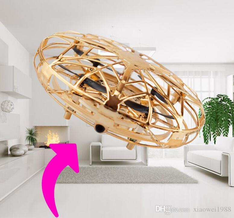 2019 UFO Gesture Induction Aussetzung Flugzeug Smart-Flying Saucer mit LED-Leuchten Kreatives Spielzeug Entertainment