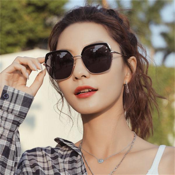 Anti-polarización, gafas de sol de diseñador hombres y mujeres deportes al aire libre ULTRAVIOLETA sunglasses0003 conducir