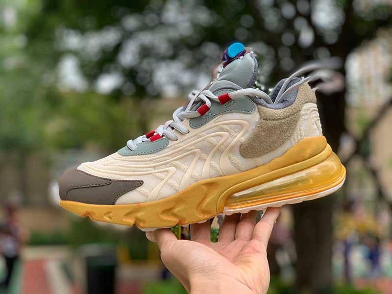 2020 Fashion Designer nuovo arrivo Fuori pallacanestro pattini delle donne delle scarpe da tennis degli uomini di marca di lusso per mens formatori esterni bianco corsa Sneaker