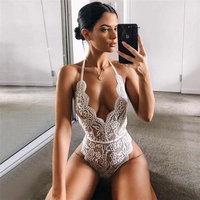 Bkz rağmen Bodysuits Bayan Halter Dantel tulum Moda Katı Renk Derin V Yaka Tulumlar Seksi Backless