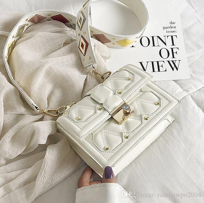 Factory wholesale women handbag western-style girl contrast messenger bag classic embroidered line diamond shoulder bag fashion lock handbag