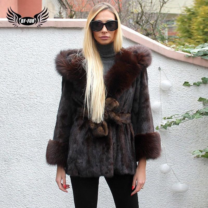 2019 Moda Inverno Brasão Com Revestimento Com Big capa da pele Outwear Belt Para Mulheres Completa Pelt Natural genuíno real