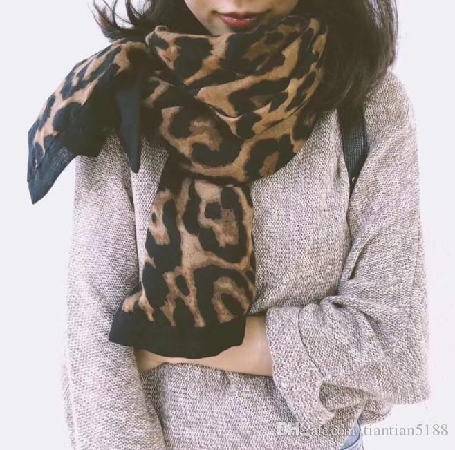 Automne et Hiver New East Gate Leopard-print Lady coréenne coton-lin cerclées de noir super-grande écharpe Châle
