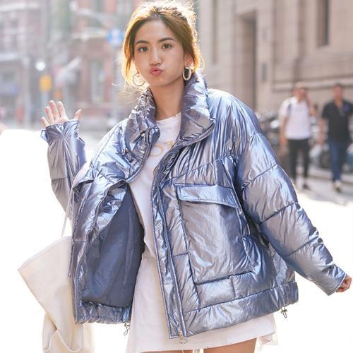 2019 Invierno nueva de la llegada mujeres de la chaqueta brillante pan de Down y de la capa Parkas moda floja de gran tamaño de diseño de plata ropa rosada Coats