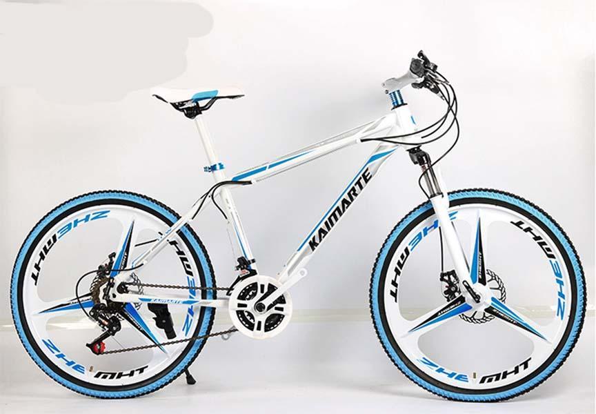 26 inç 21 hız beyaz mavi üç bıçak bir tekerlek dağ bisikleti yetişkin kros bisiklet yüksek karbon çeliği dağ bisikleti