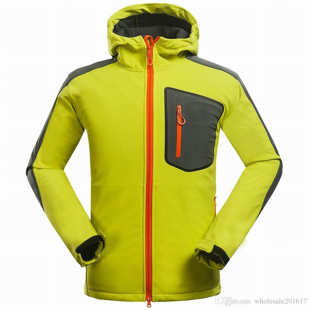 nuovi uomini HELLY giacca invernale con cappuccio Softshell per antivento e impermeabile morbido cappotto Shell Jacket HANSEN Giacche Cappotti 1530