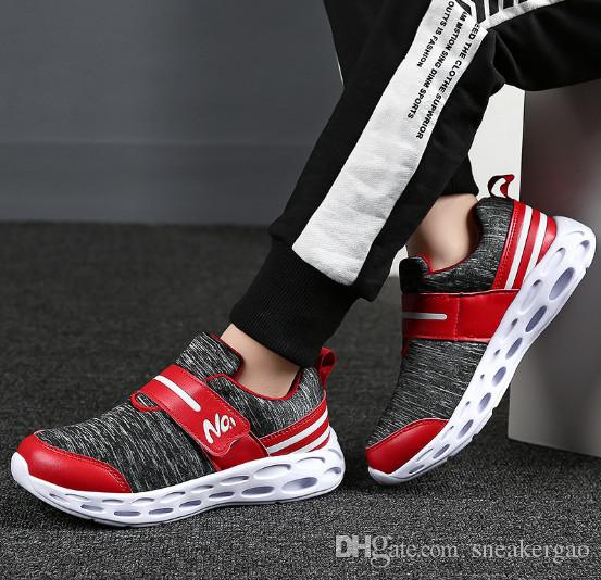 2020 New Style Elastic Red Sports Shoes