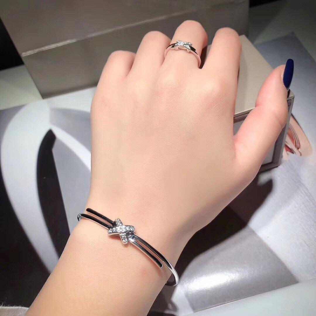 2020 dames de haute qualité mode bracelet accessoires robe assortie quotidien le meilleur bracelet dur pour le dîner parti Z0N6