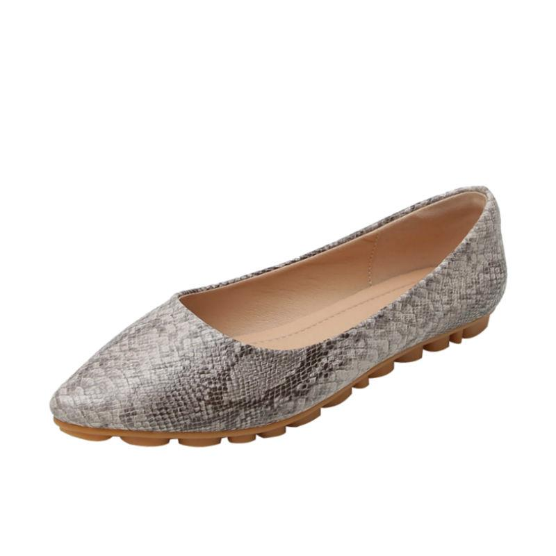 Faux-Leder-Frauen-Ebene-Schuh 2020 Frühlings-Sommer-Beleg auf Schuhe für Frauen Große Größe 42 43 Spitzschuh Flache Damen