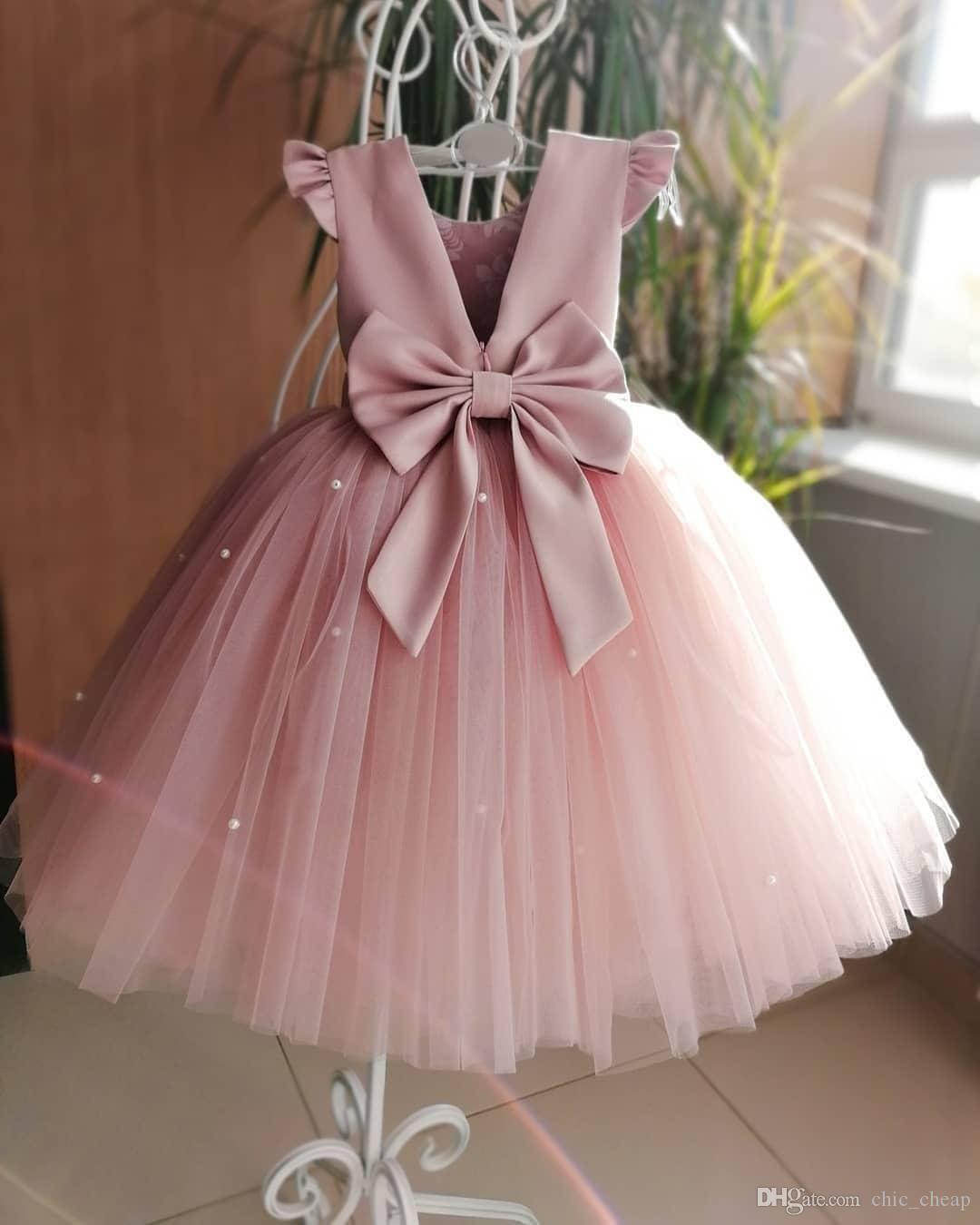 Compre Perlas De Color Rosa Sin Respaldo Vestidos De Niña De Flores Arco De Tul Vestido De Bola Niña Vestidos De Novia Vestidos Vintage Vestidos Vestidos F054 A 46 98 Del Chic Cheap