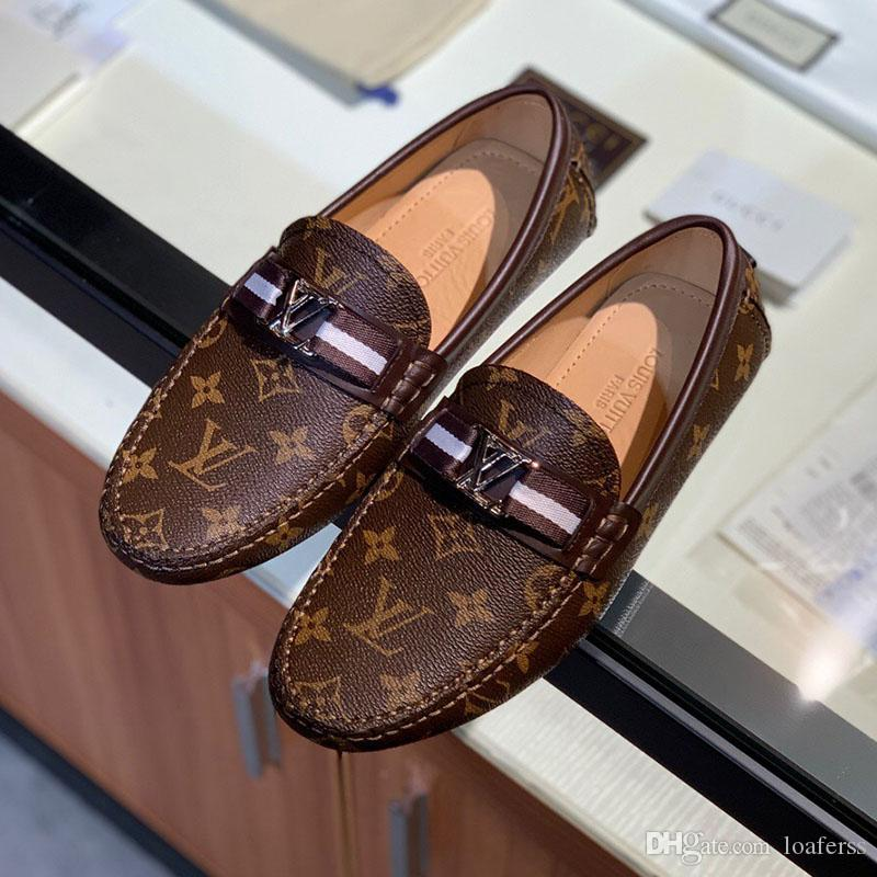 Mens-Kleidschuhe der Art und Weise klassischen Trainingsschuh Druck Leder Metallknopf Flach Peas Schuhe beiläufige laufende Schuhe für Männer Freies Verschiffen