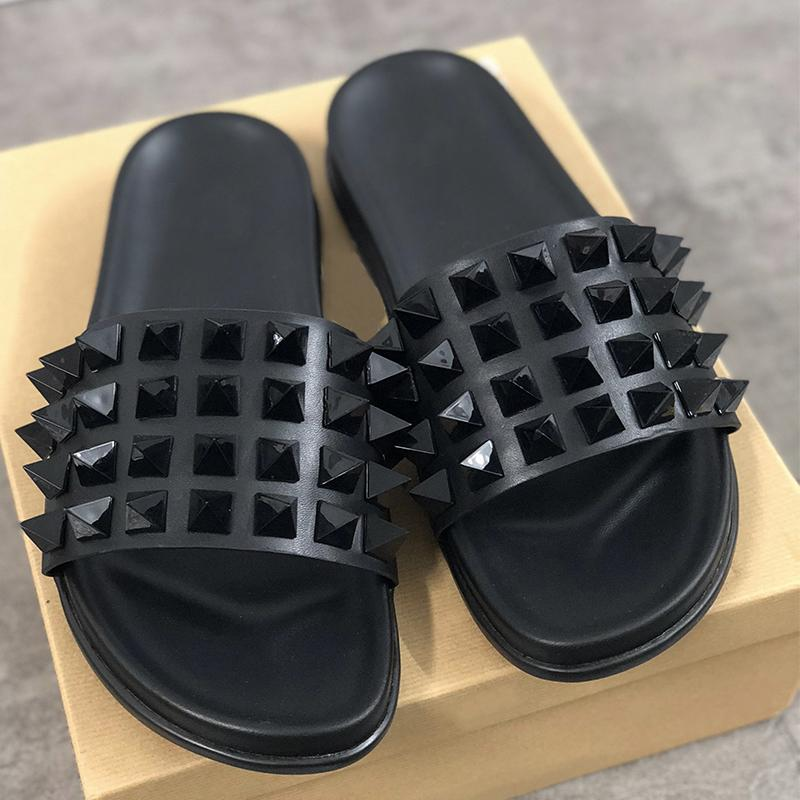 Red Bottom Mens designer Flip Flops Spikes Sandals Black Genuine Leather Slippers Beach Shoes Luxury Sandals 9 colors size US 5-11