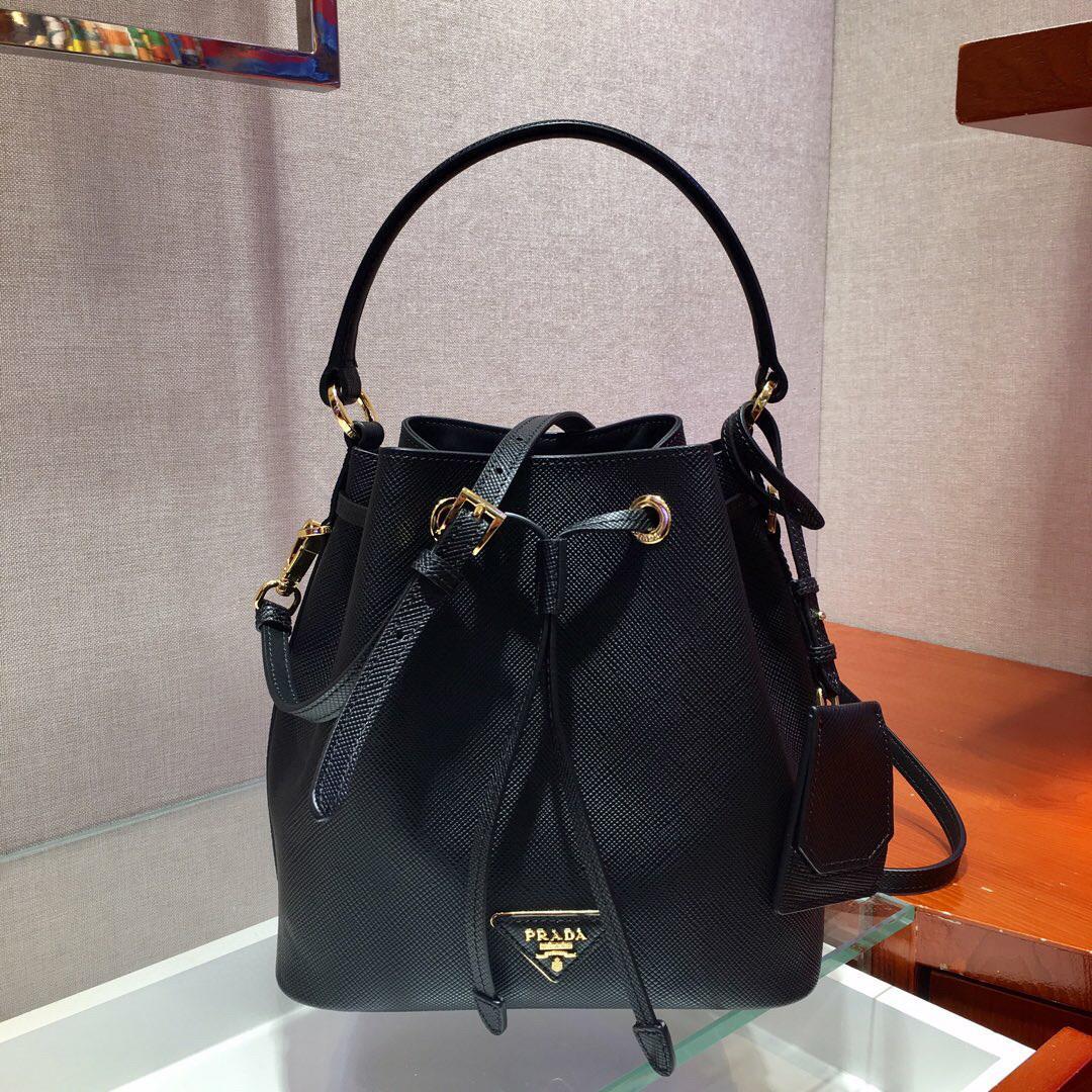 Novas senhoras balde saco 7A high-end de qualidade personalizado estilo fashion bolsa acessórios de metal do ouro com cinta longa de ombro removível.