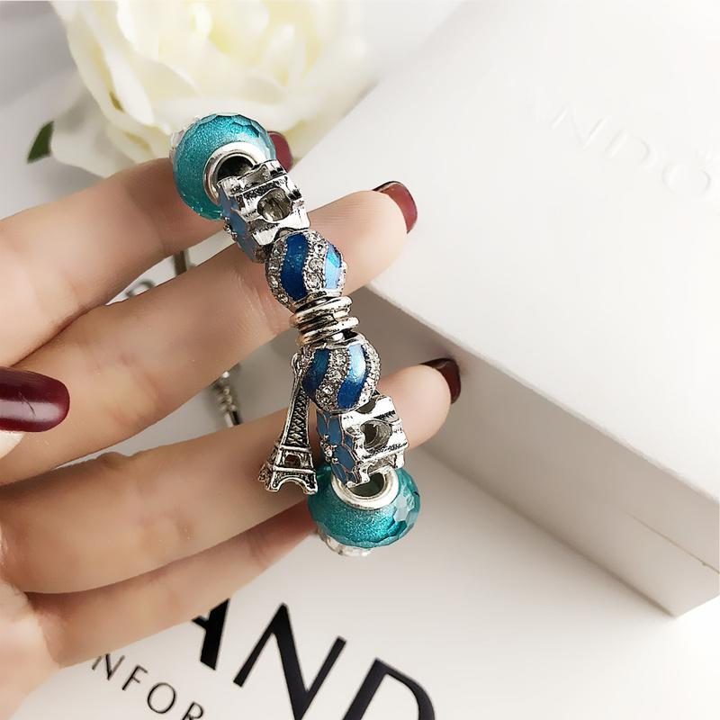 Nouvelle marque de bijoux Ensembles en argent chaud bracelet en cristal plein de diamants amateurs de femmes de mode Lettre d'alliage Charm Bracelets Femme cadeau de la personnalité