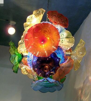 Di lusso Piastre Fiore lampadario in stile Luce in vetro di Murano a LED Lampade a sospensione multi-colore in vetro soffiato Lampadario Illuminazione