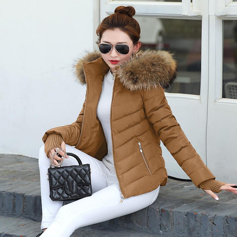 2019 Brasão New Inverno Jacket Mulheres Winter Womens Parkas luvas quentes gola de pele destacável chapéu destacável Slim Fit Outwear