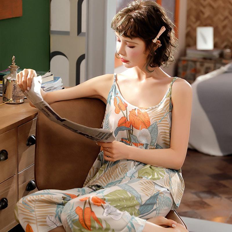 Juli DES SONG 2 PCS mit Blumenmustern Frauen-Pyjamas Sexy Strap Sling und Shorts Seamless Viscose Nachtwäsche Frauen-Sommer-Pyjama Weiblich CX200628
