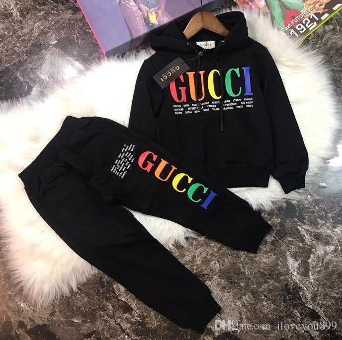 Yeni tasarımcı marka Bebek Sonbahar Giysileri Set Çocuklar Oğlan Kız Uzun Kollu Hoodie Üst + Pantolon 2 Adet Takım Elbise Moda Eşofman kıyafetler