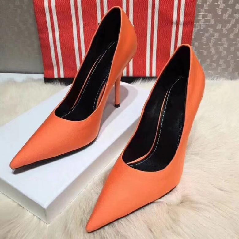 Sıcak satış-Siyah Koyun postu Çıplak Rugan Poined Burun Kadınlar 120mm Moda Kadınlar Düğün ayakkabıları için Alt Yüksek Topuklar Ayakkabı lRed, pompaları