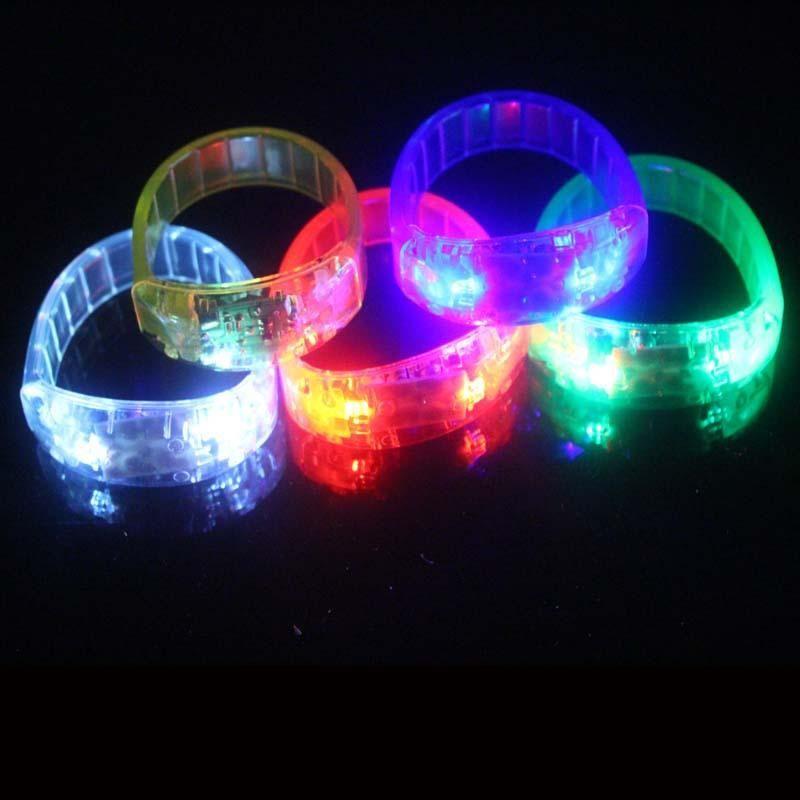 Voce-controllo LED Bracciale Glo-bastoni lampeggiante elettronico Bracciali Glow braccialetto LED Wrist Band Natale Bracciale illuminati Giocattoli LED