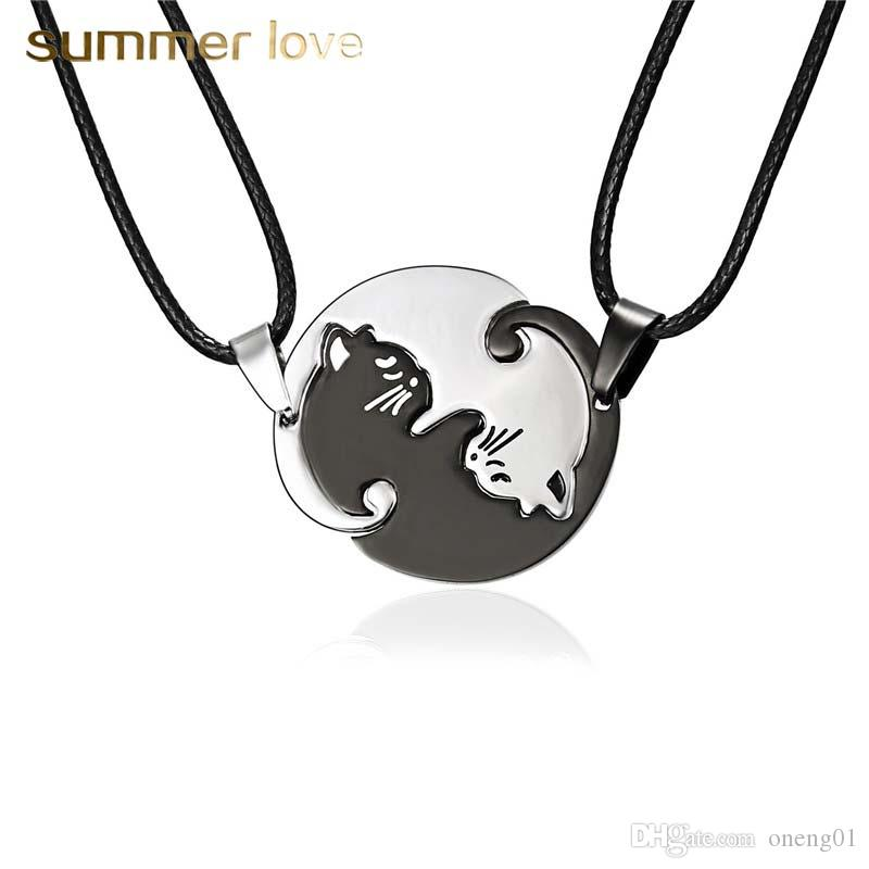 Hot Sale Stainless Steel Black White Cat Pendant Necklace for Wome Men 2Pcs/set Leather Rope Couple Necklace Fashion Jewelry Gift