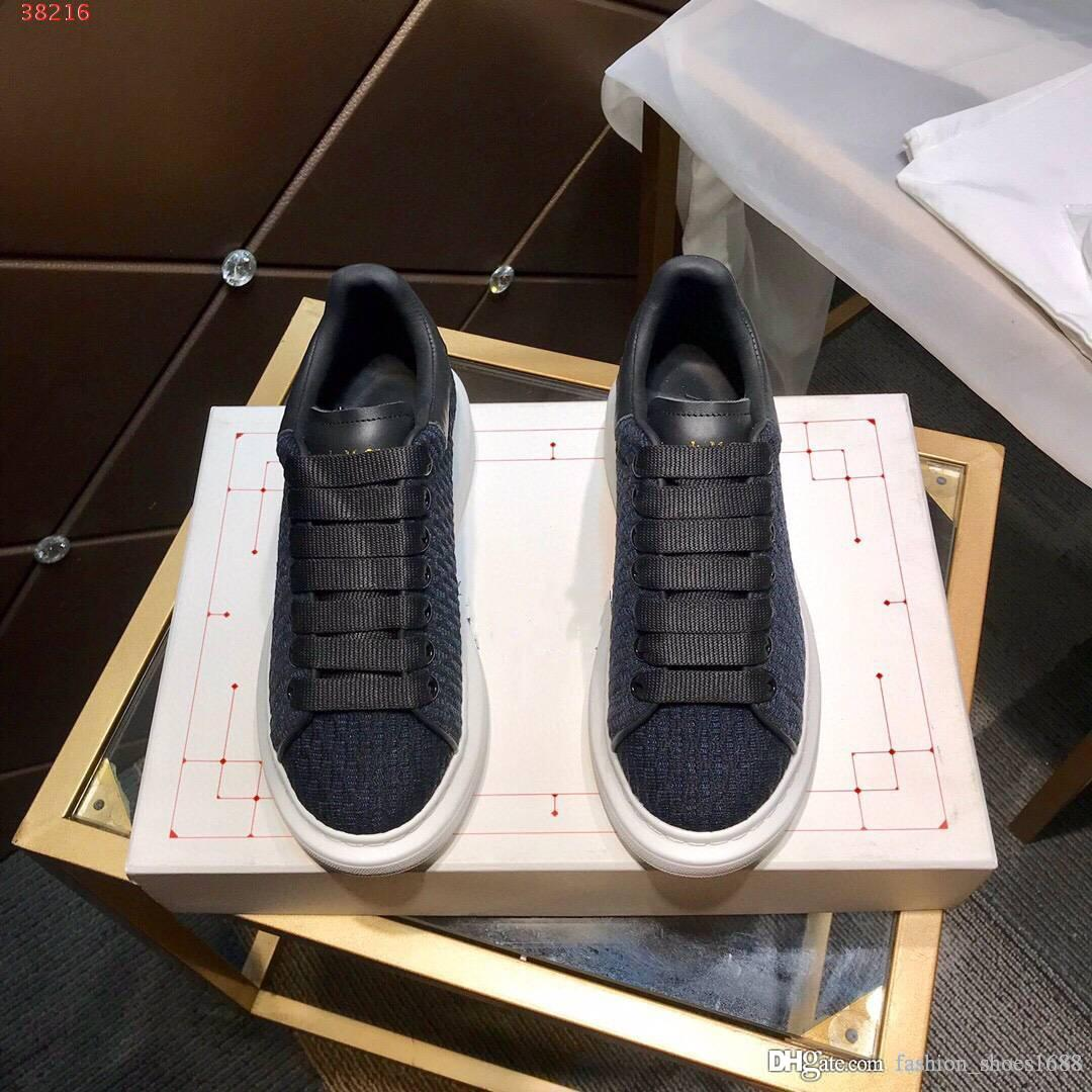 2020 new High quality fashion pair shoes color black white blue Rubber foam base genuine leather women men shoes with the packing hot sale