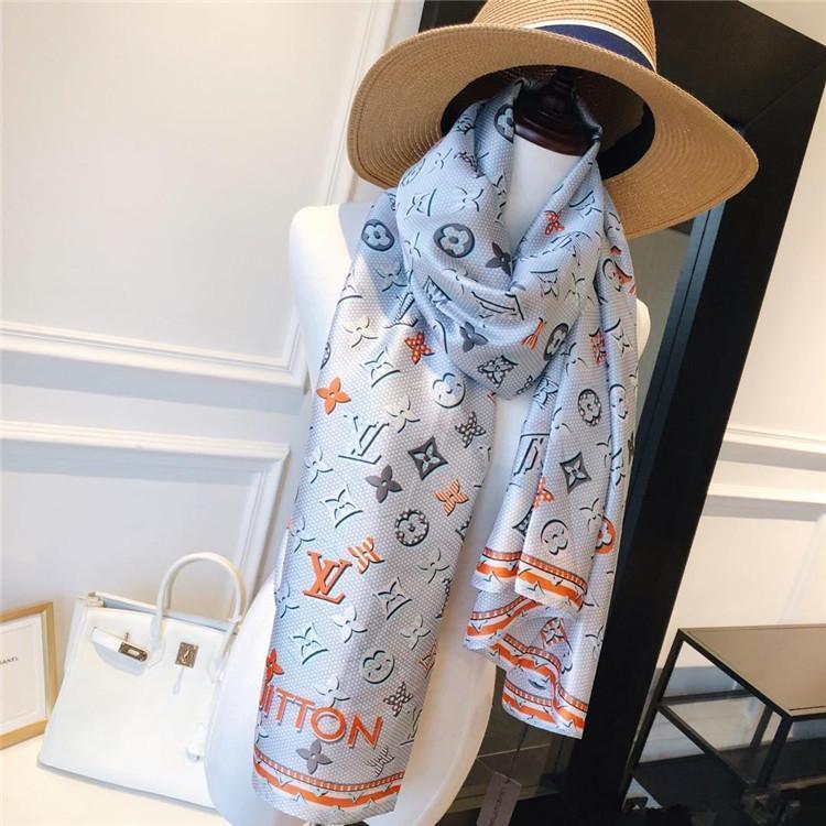 verano de seda bufandas bufanda de alta calidad 100% seda 180x90cm tamaño larga bufanda patrón famoso letra de la señora del regalo del estilo del diseño de la bufanda