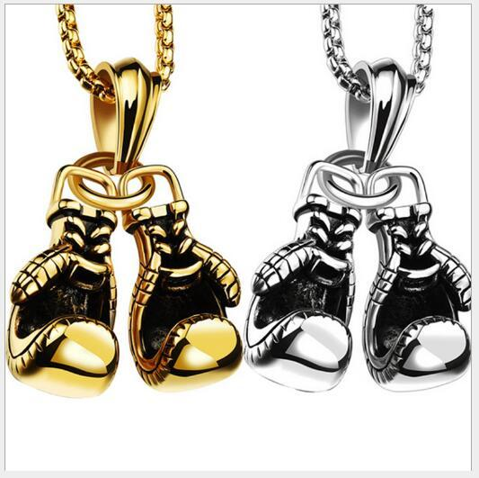 accessories971 ile Avrupa ve Amerikan spor boks eldivenleri, metal kolye harfler otoriter moda serseri kolye