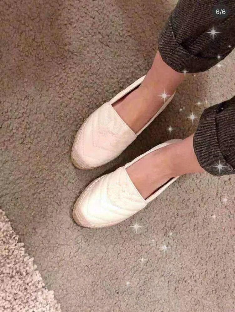 Estilo de moda de cuero mujer niña espadrille zapatos planos mocasines de verano espadrilles size eur34-42 doble metal con caja