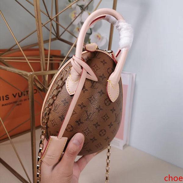 Marque Hot Egg design de mode chaîne sac à bandoulière en cuir véritable sac à main 20CM Nicolas Ghesquiere femmes Sacs à bandoulière avec poignée M44587