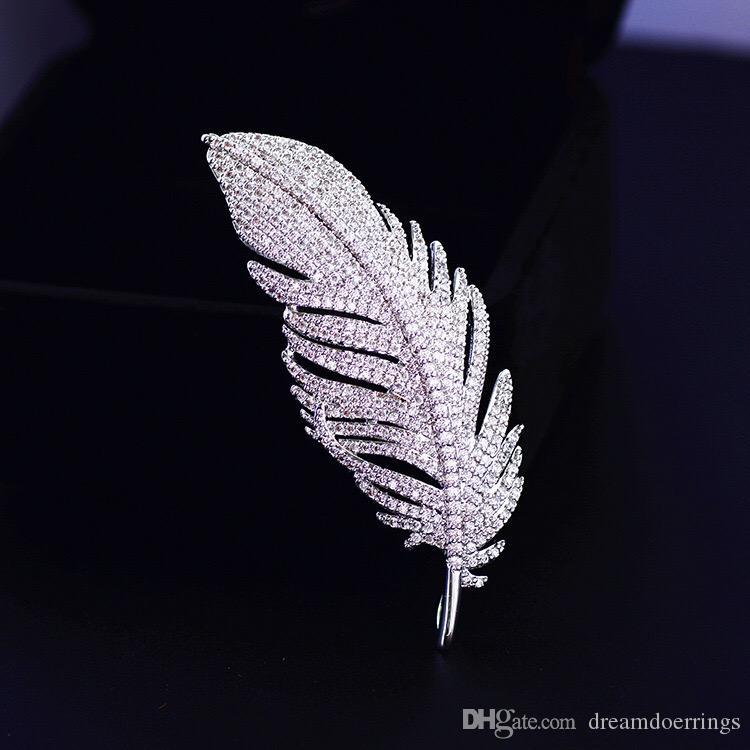 Designer de luxo Moda Pena Zirconia Broches para as mulheres jóias Europeu e presente do estilo de venda quente EUA para meninas