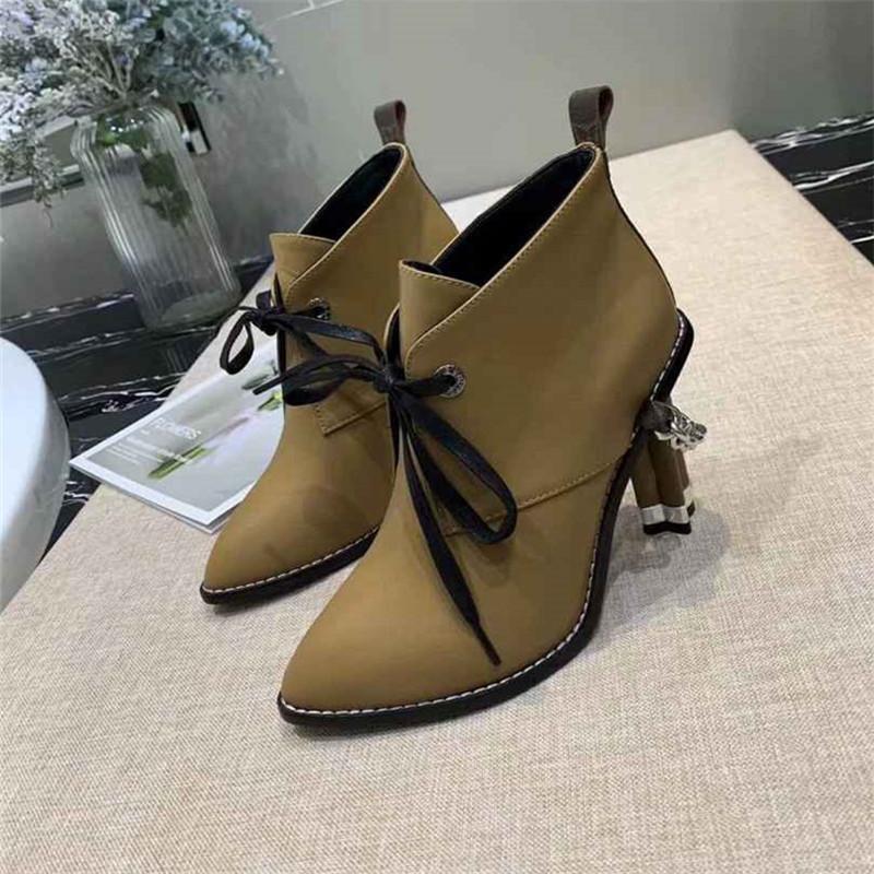 femmes mode chaussures femmes chaussures talons hauts chaussures 2020 nouvelles bottes de cheville de femmes célèbres bottes avec boîte
