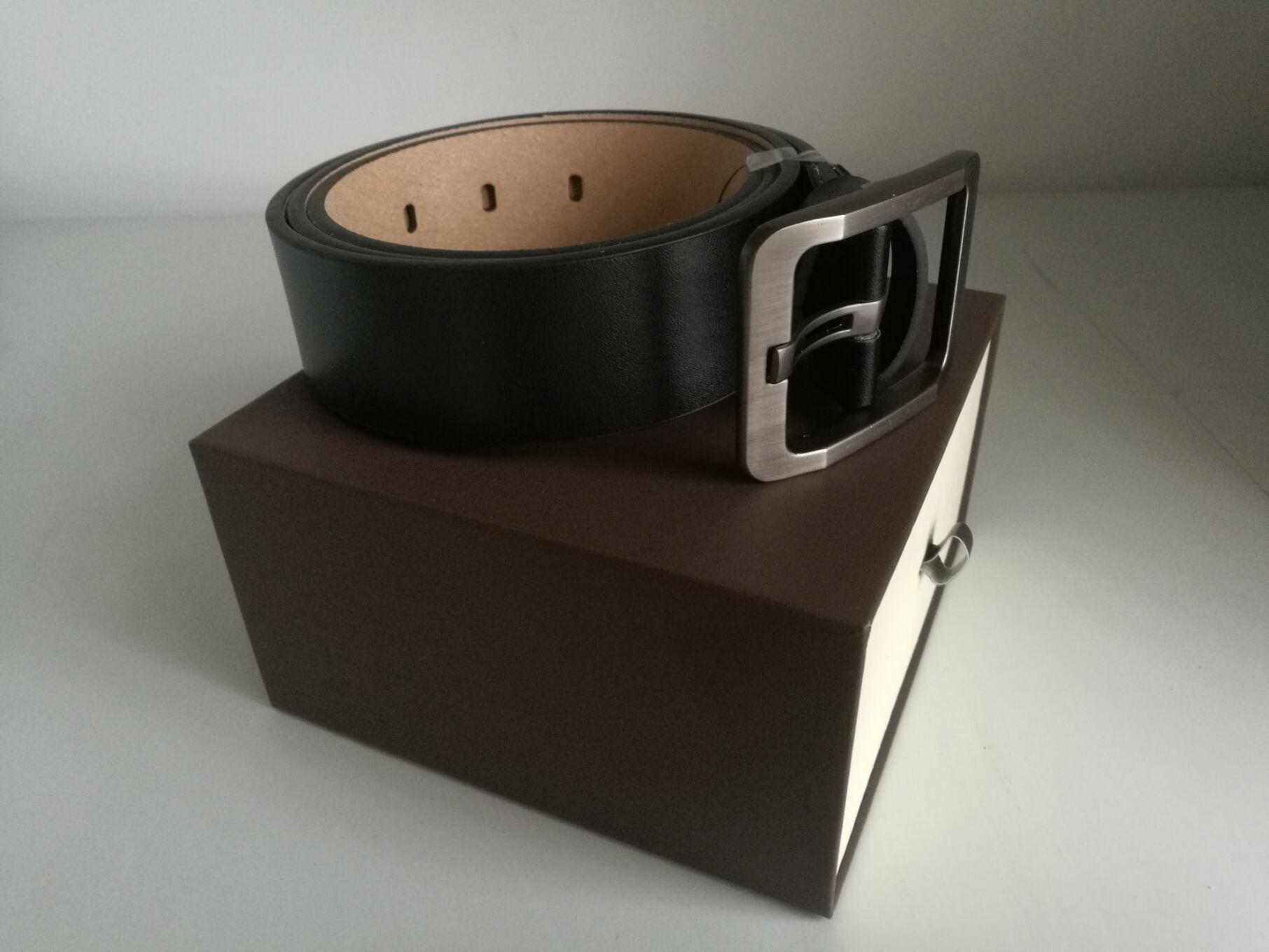 Cinghie designer per cinghie progettista del mens della cinghia di cuoio di lusso della cinghia Cinture Business Women Big Black Gold Fibbia con la scatola