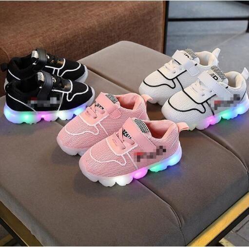 Aseguramiento de la calidad de absorción de impactos permeable al aire resistente al desgaste y antideslizante zapatos ocasionales de los deportes para niños y niñas