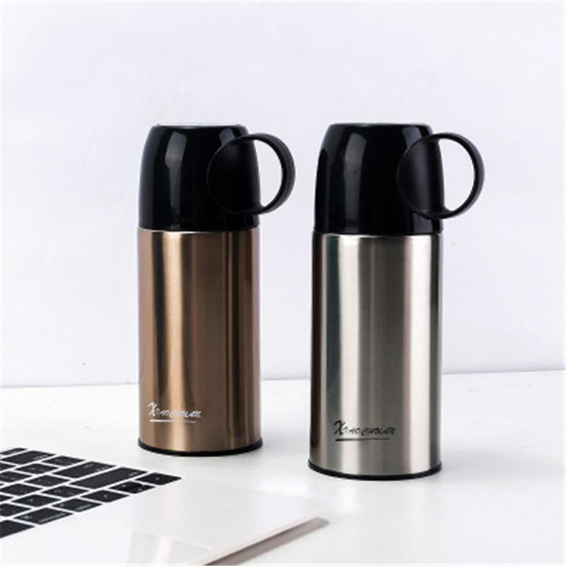 Venda Vacuum Hot garrafa isolados água do aço inoxidável de parede dupla de grande capacidade Sports Cup Com Handgrid
