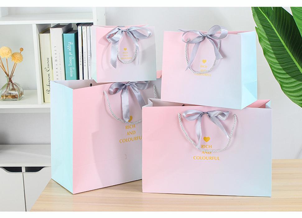Gradiente di moda borsa di confezionamento del nastro ins stile confezioni regalo negozio di abbigliamento borsa sacchetto di carta 4 dimensioni XD22900