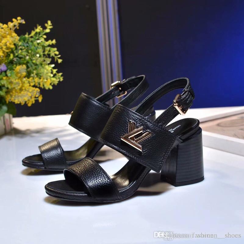 2019 mode frauen designer sandalen hausschuhe designer flip flops frauen sandalen designer frauen high heels schuhe größe 4,5-9,5-60