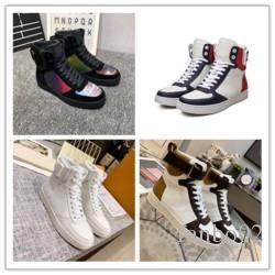 Nueva llegada zapatos para hombre Diseño top del alto de lujo con caminar al aire libre de la vendimia cómodo Footwears con cordones fresco de la calle de los zapatos ocasionales J037