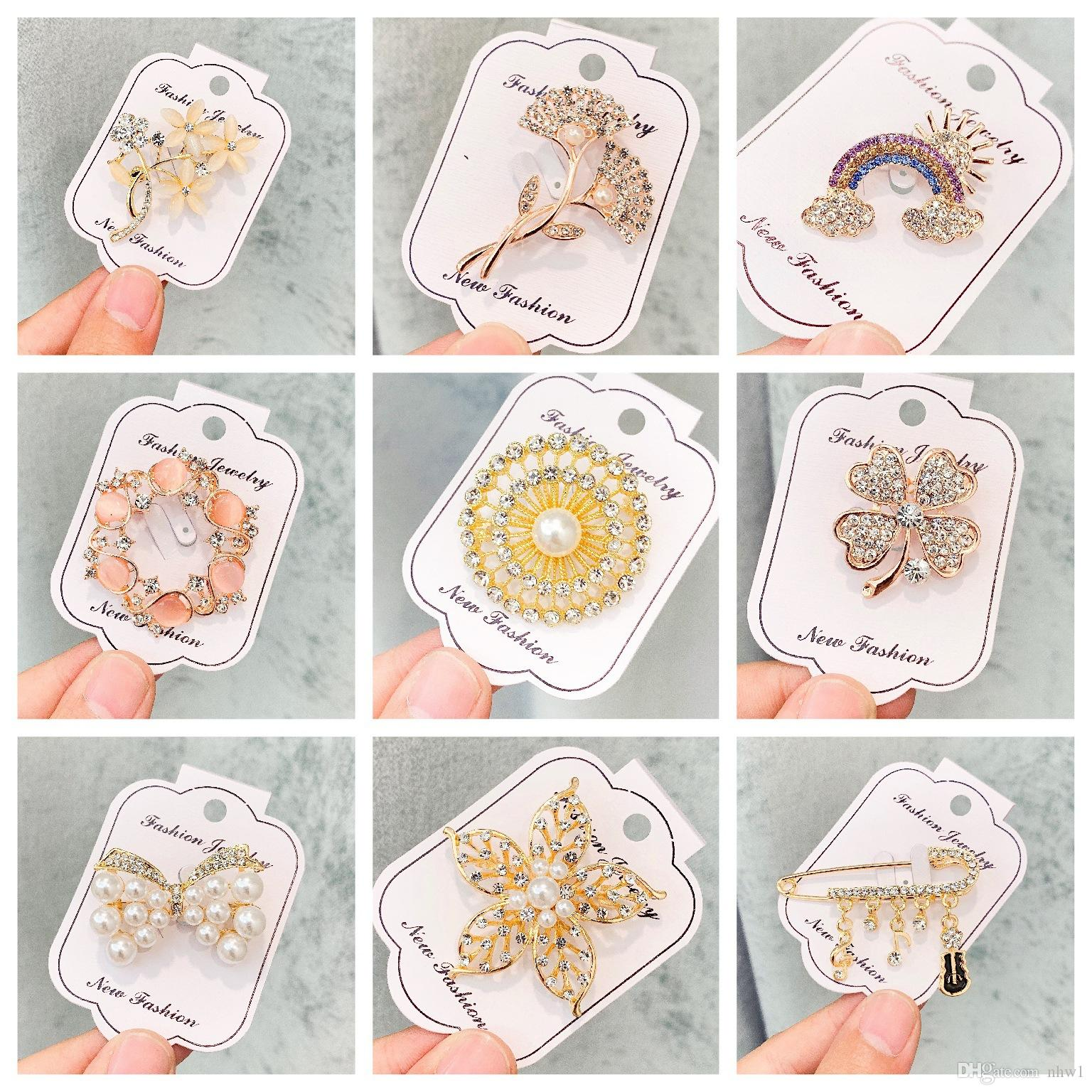 Fashion Rhinestone Brooch Pins for Women Ladies Wedding Party Crystal Flower Brooches Gift Dress Coat Accessories