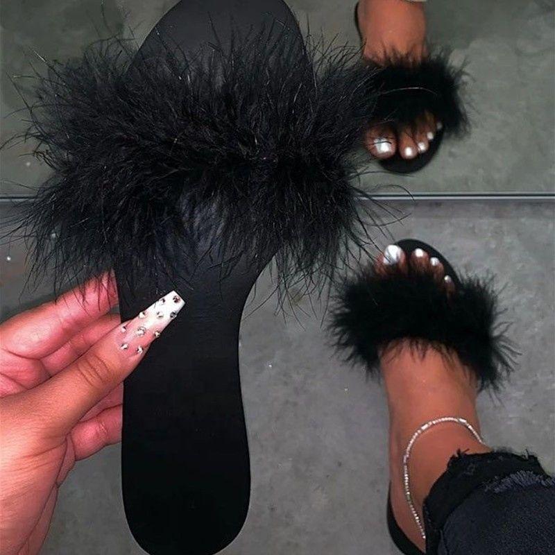 Slides Plus Size flip 1pairs / 2pcs Fur pantofole donna piatto Sexy Furry pelliccia Scarpe aperte davanti signore di modo delle donne di cadute di Green Black Casa Shoes