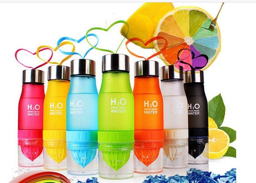 Nuevo regalo de Navidad 650ml Mi botella de agua de plástico botella de infusión de frutas infusor bebida de zumo de deportes al aire libre portable de la caldera