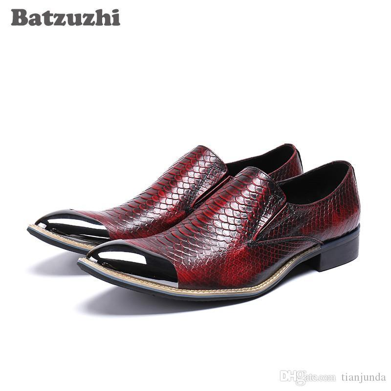Scarpe da uomo artigianali di lusso 2018 Scarpe eleganti in vera pelle da uomo Scarpe da lavoro in pelle da uomo Scarpe da uomo in metallo Oxfords rosso