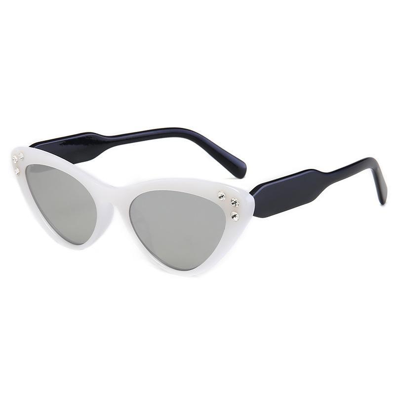 2020 mujeres atractivas gafas de sol blanco Marco señoras de la marca del diseñador de los ojos del gato lindo Pequeño Gafas de sol Gafas de la vendimia sombras UV400