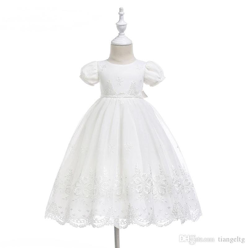 الوليد التعميد ثوب فتاة 0-24M اللباس مجموعة الجوف الصلبة خلف الشريط الرباط الملابس وتتسابق الطفل مع الشريط قبعة بيضاء