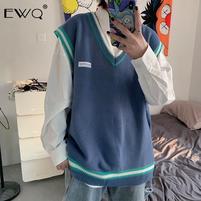 EWQ / 2020 Новая мода весна V-образным вырезом без рукавов сплошной вязаный жилет мужчины свободные Casaul High Street японская версия Tide 9A227
