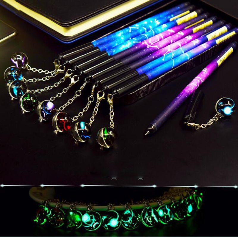 Gel Pens Kawaii 2pcs / set Pen Creative Doce Constelación Luminoso regalo de estudiante