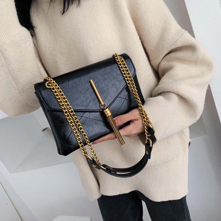 Женщины курьерская сумка цепь кисточкой женская сумка конверт дизайн леди клатчи искусственная кожа сумки дамы слинг сумки bolsaHand сумка большой