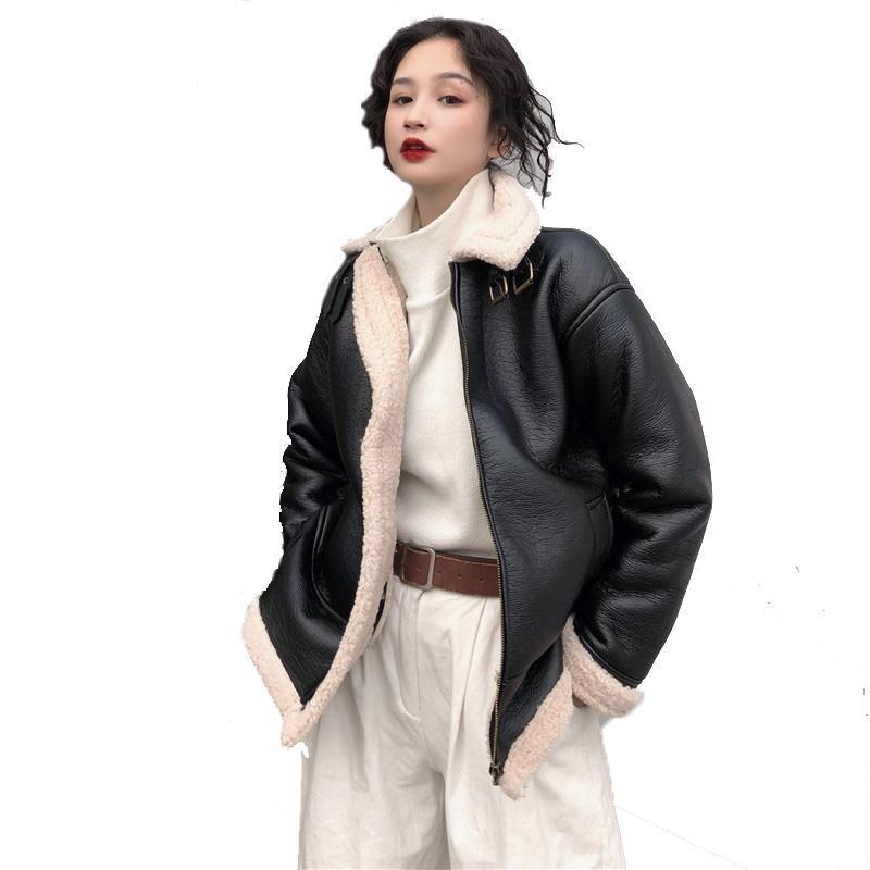 Chaquetas de mujer primavera de piel de invierno chaqueta de cuero de la motocicleta vintage femenino suelto BF PU empalme para las mujeres más tamaño