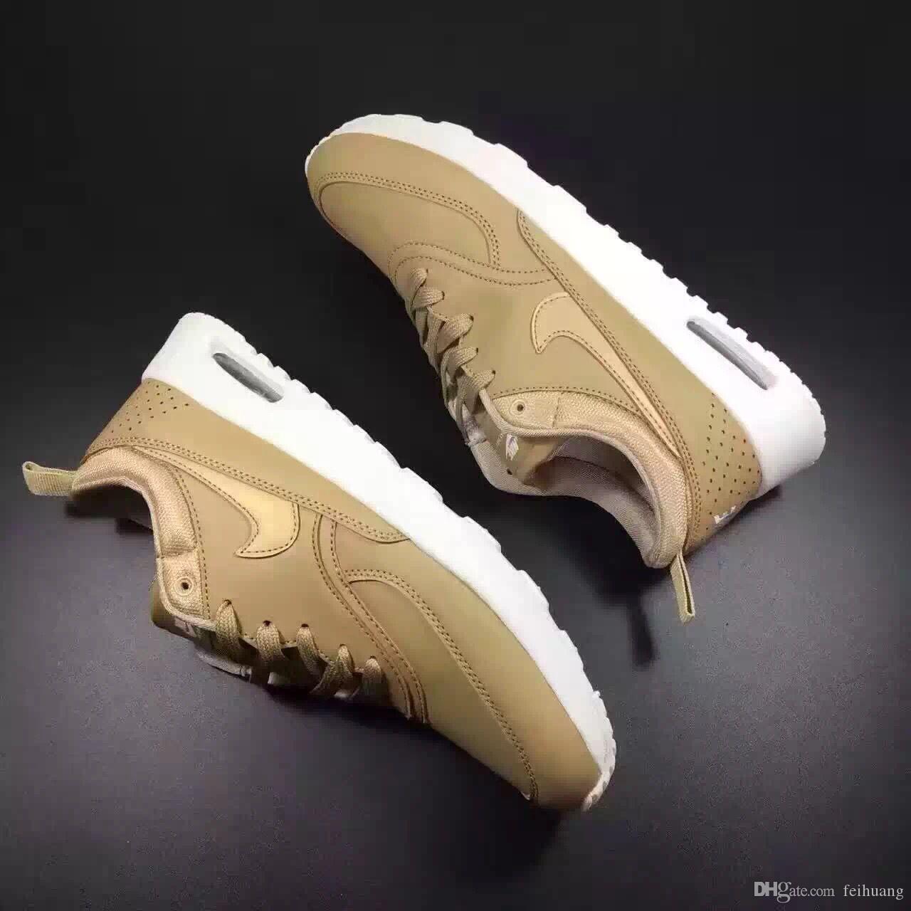 2020 novas mulheres Mens Running Shoes Sapphire 2019 de cor novo estilo mulheres calçados esportivos mulheres calçam as sapatilhas Athletic Trainers