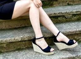 Designer- correa de paja Cuñas de la plataforma para la hembra Zapatos Flock los tacones altos de la cubierta del talón de la sandalia
